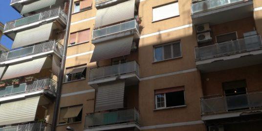 Via Riccardo de Paolis, Roma € 195.000